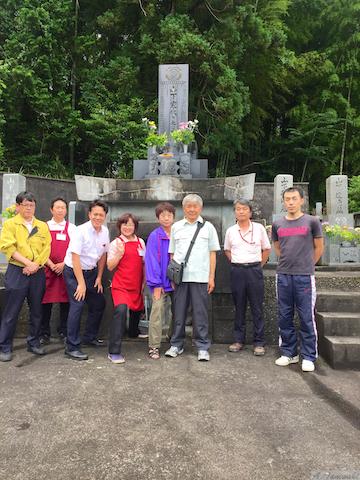 創業者とご先祖様に感謝する日!?創業者の墓参りに行きました。